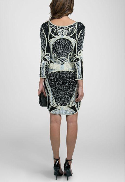 vestido-andorra-curto-de-manga-comprida-todo-bordado-powerlook-preto-e-branco