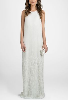 vestido-belgica-longo-com-plumas-na-barra-powerlook-branco
