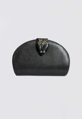 clutch-coruja-de-couro-glorinha-paranagua-preta