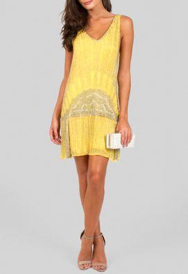 vestido-ouro-curto-camisetao-bordado-abrand-amarelo