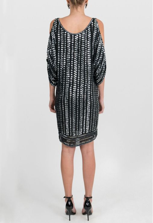vestido-spikes-curto-amplo-mixed-preto