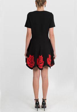 vestido-roxie-curto-evase-de-trico-gabriela-b-preto